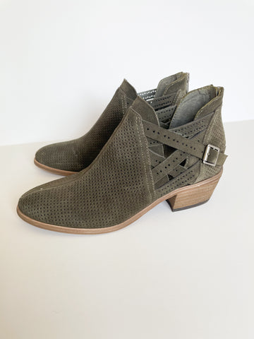 Vince Camuto Olive Green Leather Cutout Ankle Boots - Size 5.5