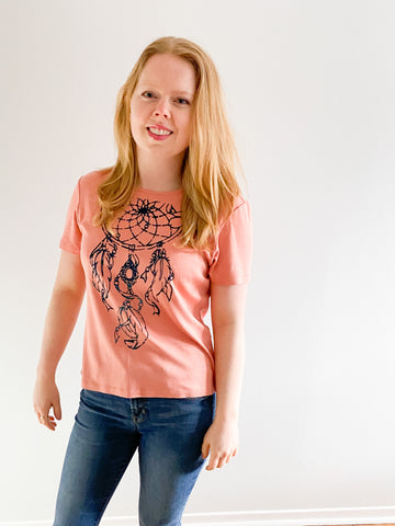 Eco Pretty Tommy Bahama Peach Silk Cotton Blend Dream Catcher T-Shirt - S/M - Le Prix Fashion & Consulting