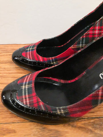 Le Chateau Red Plaid Black Oxford Heels