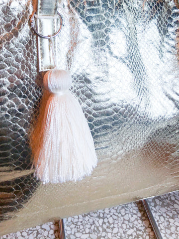 White Tassel Key Chain - Le Prix Fashion & Consulting