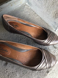 Clarks Artisan Bronze Leather Ballet-Flat Inspired Wedge Shoes - Le Prix Fashion & Consulting