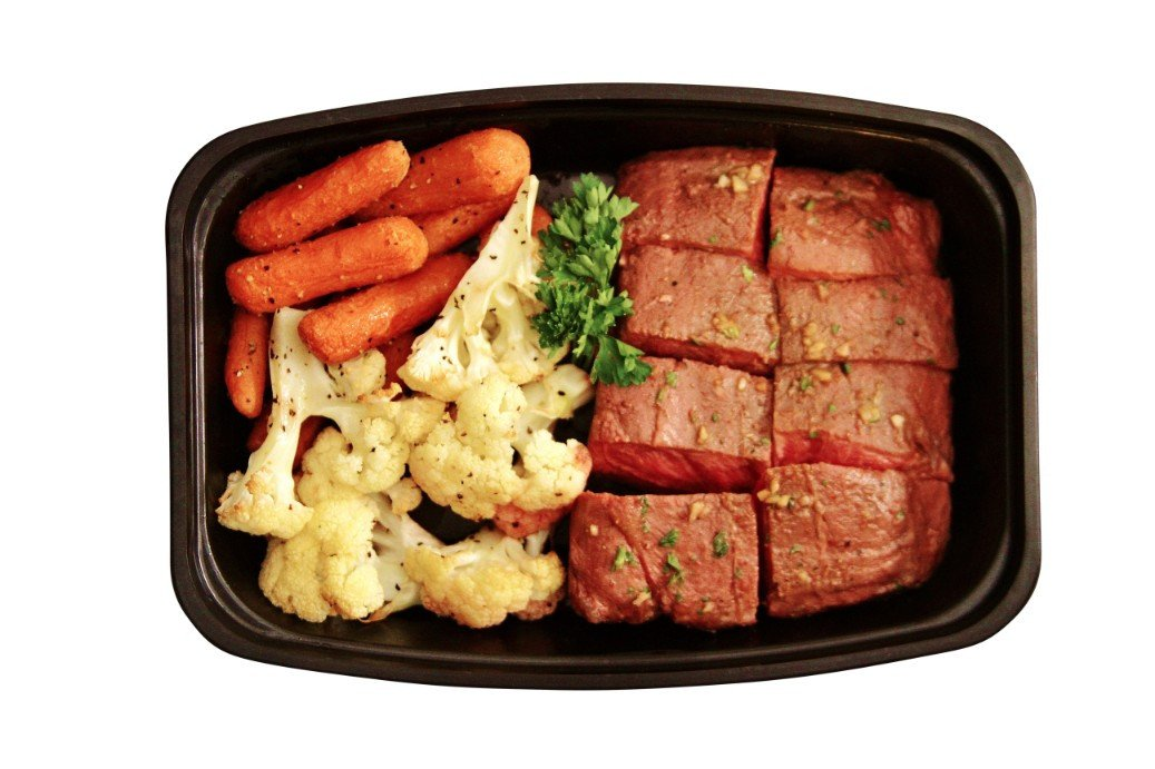 Healthy beef places near me - Beef tenderloin / fire roasted veggies