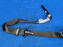 2015 2016 2017 Ford Mustang Seat Belt Front Bucket Passenger Retractor Coupe