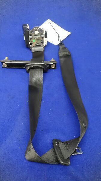 2003-2006 Range Rover Driver Left Side Seat Belt Front Bucket Seat Retractor