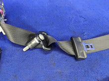 2015-2017 Ford Mustang GT EcoBoost Passenger RH Seat Belt Retractor Assembly OEM
