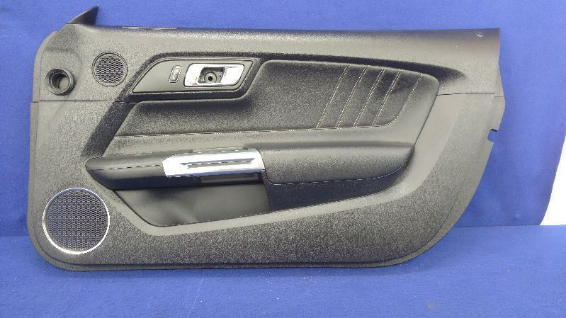 2015 2016 2017 FORD MUSTANG GT 5.0 COYOTE Base Right BLACK DOOR PANEL PASSENGER