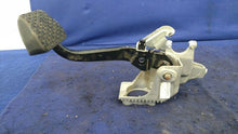 2003 2004 2005 Range Rover Land Rover Brake Pedal/ Clutch Pedal