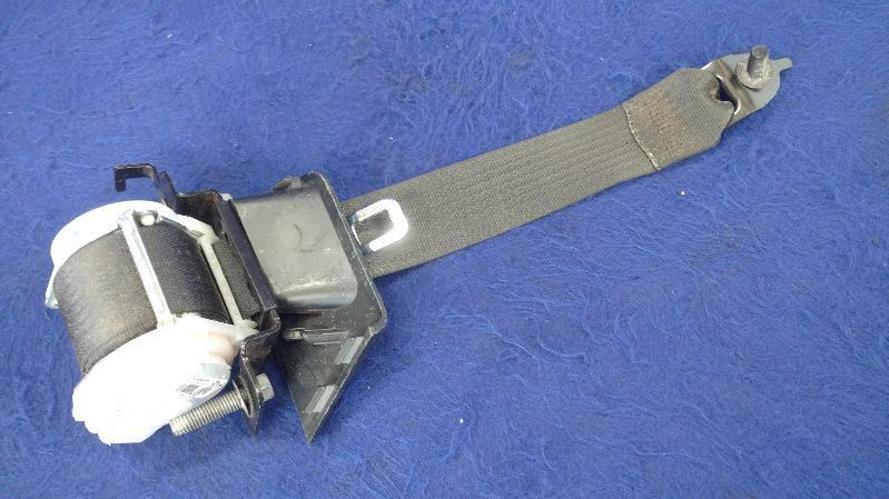 2014 2015 Ford Mustang GT OEM Rear Seatbelt Right Retractor Coupe Passenger Belt