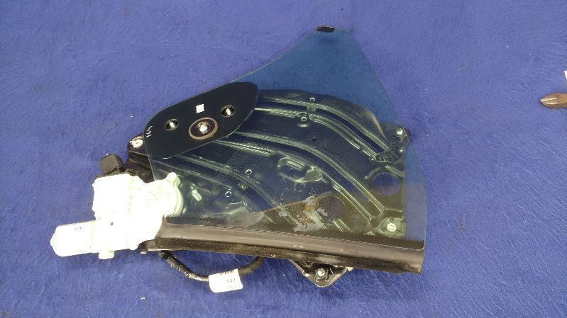 2015-2017 Ford Mustang GT Passenger Right Side Quarter Glass Convertible OEM