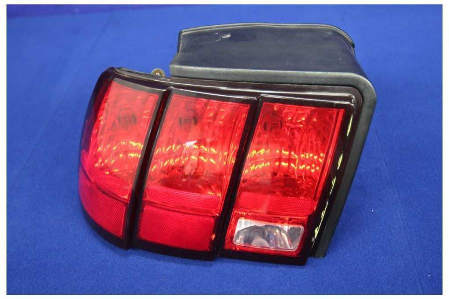 1999-2004 Ford Mustang GT Cobra OEM Driver Left Tail Light Lamp Taillight