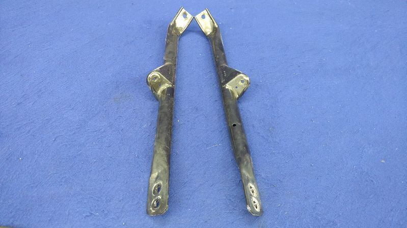 2016 2017 Chevrolet Camaro Chevy Strut tower Braces Pair Left Right OEM Set