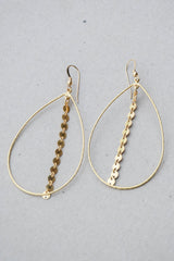 Love Poppy Circle Chain Teardrop Earring
