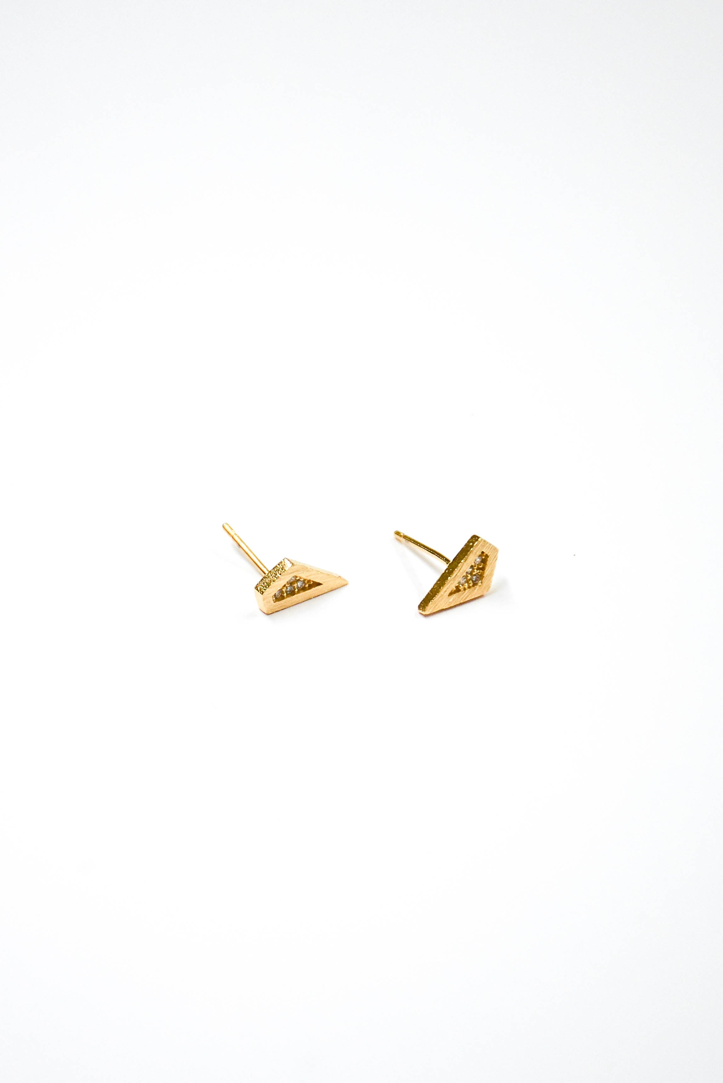 Mini CZ Trapezoid Stud Earring (Gold)