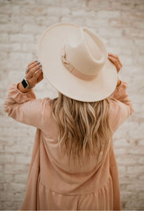 The Ruby Wide Brim Hat - Ivory