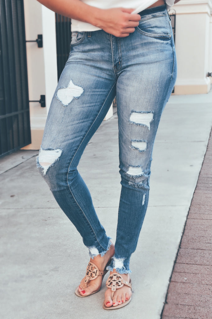 Medium Wash Destroyed Jean