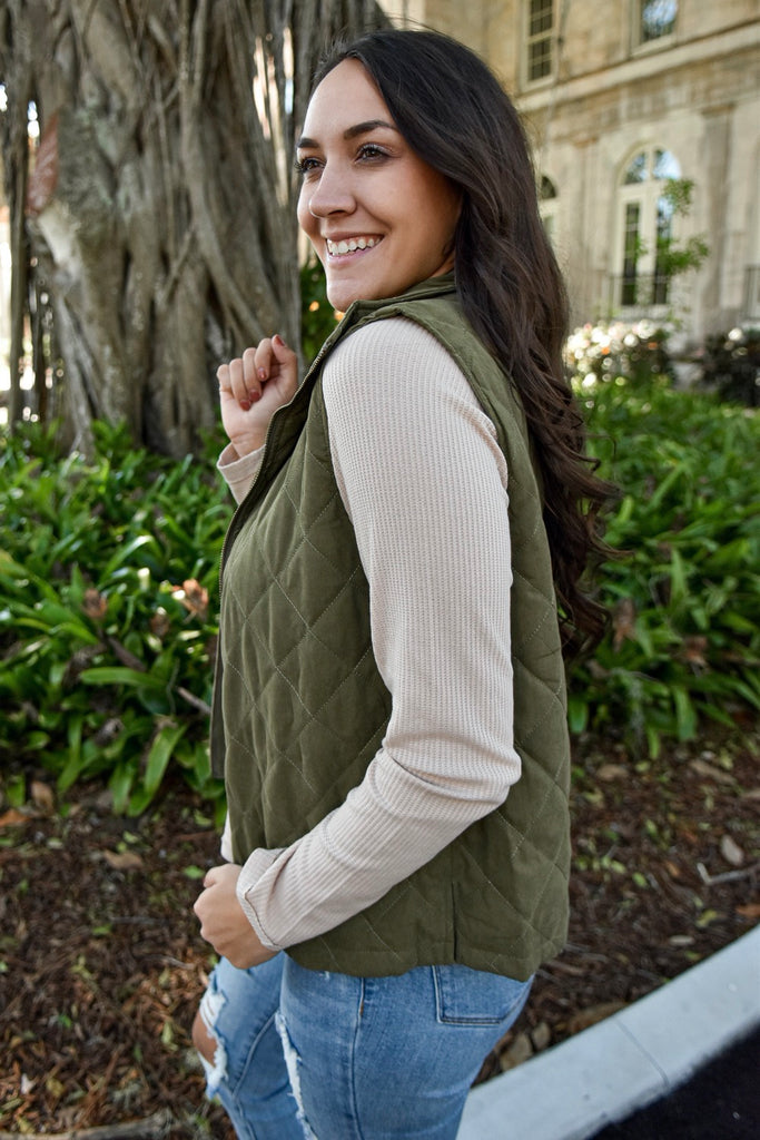 Preppy Poppy Quilted Vest- Olive