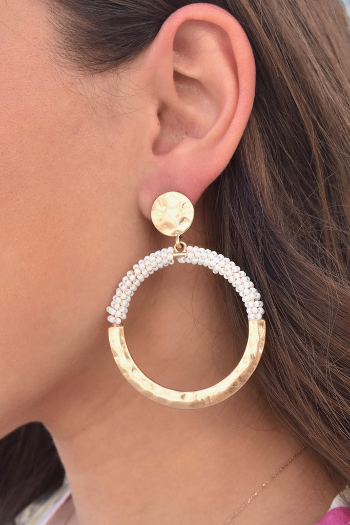 Bubbly Gold & White Hoops