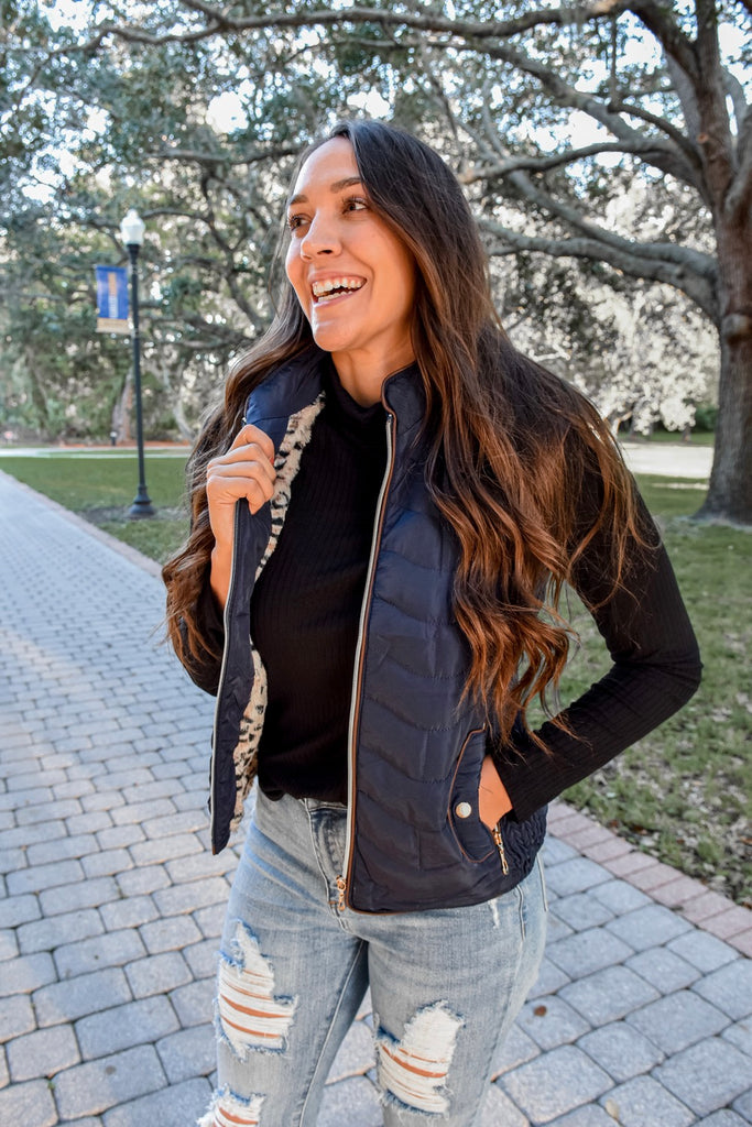 Sierra Hooded Vest- Navy