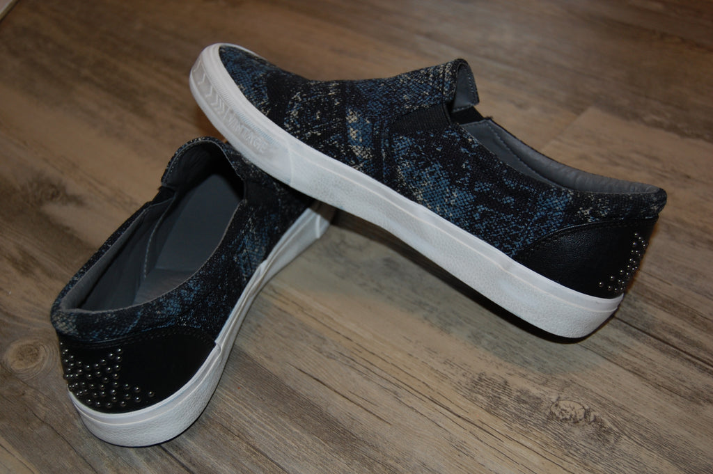 DISTRESSED Brushed Slip-On Sneaker- Black
