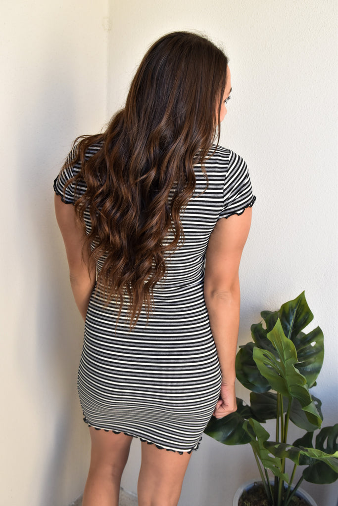 Magic Striped Dress- Black