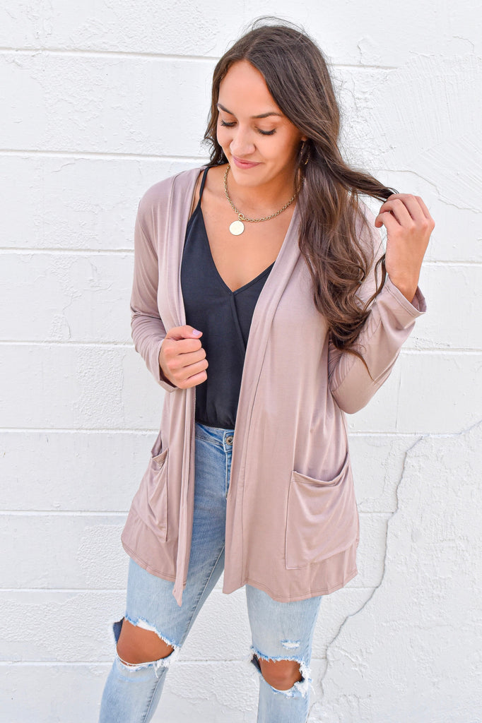 The Boyfriend Cardigan - Mocha