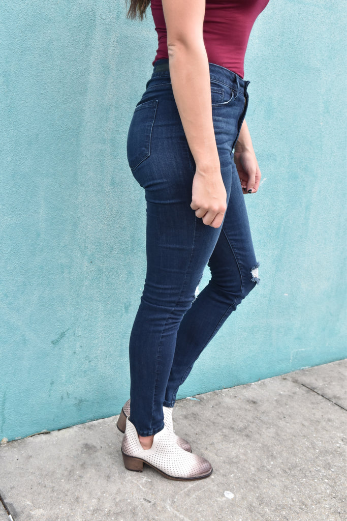 Dark Wash High Waisted Destroyed Jeans