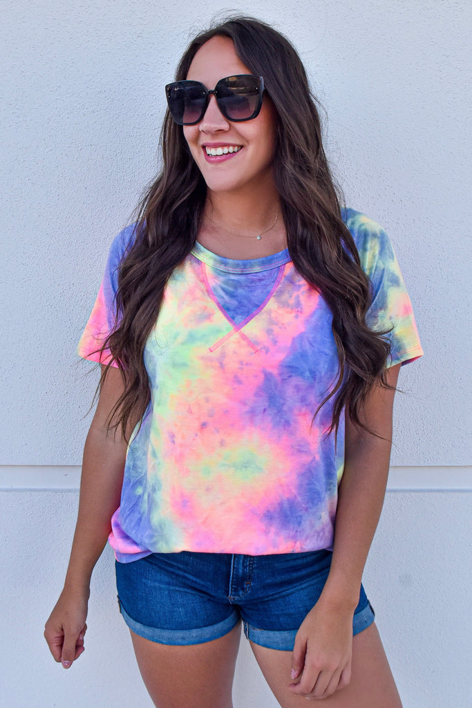 Brighter Daze Casual Tee