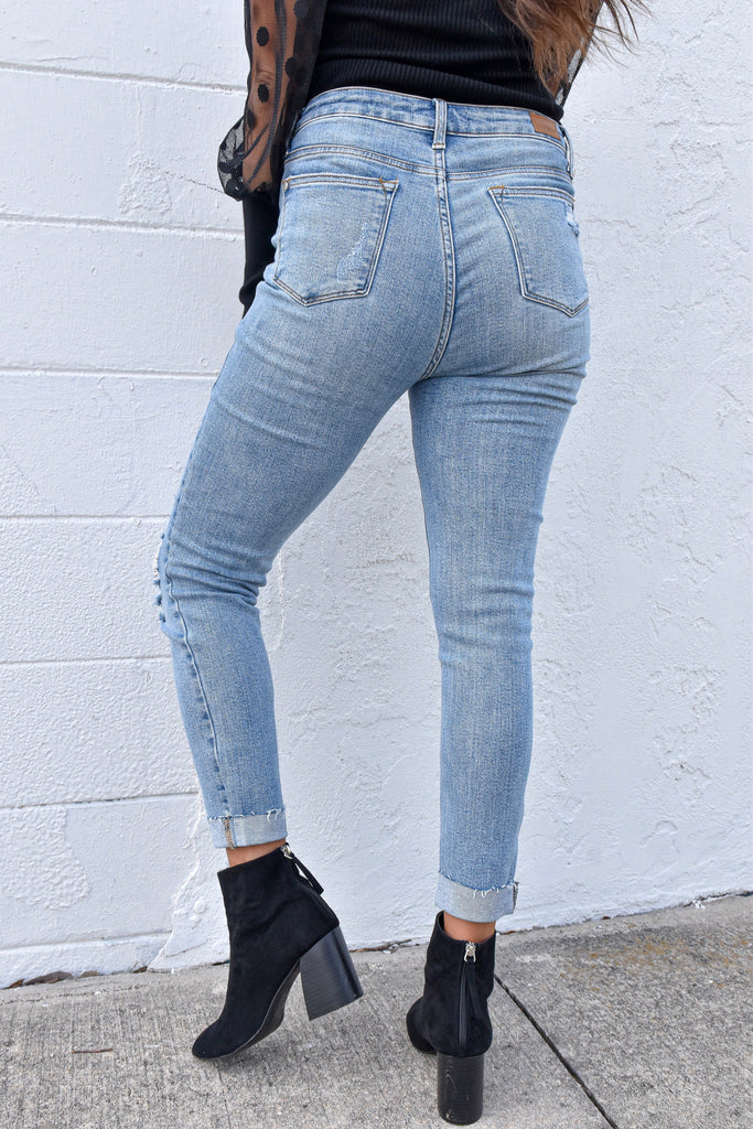 The Zoey Distressed Jeans