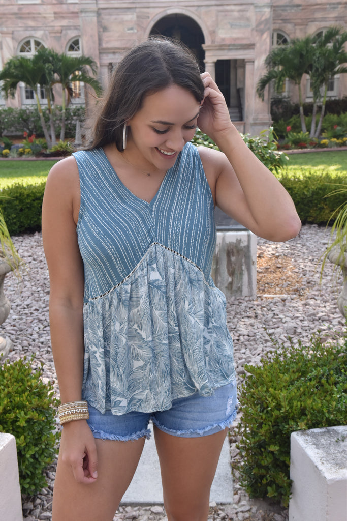 Weekend Trips Blue Leaf Print Top