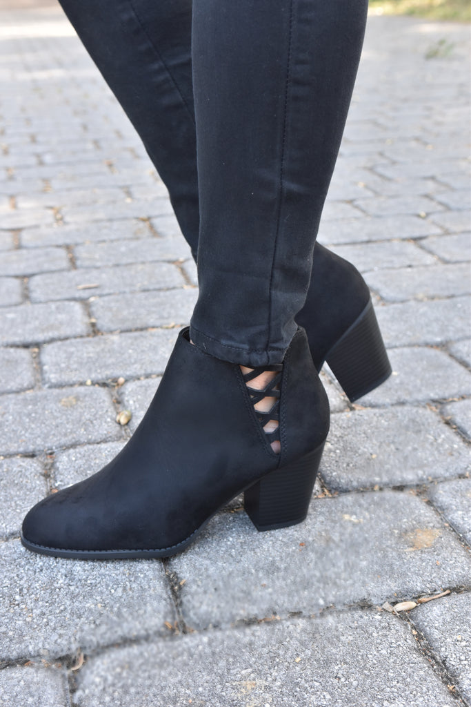 Don't Cross Me Black Bootie