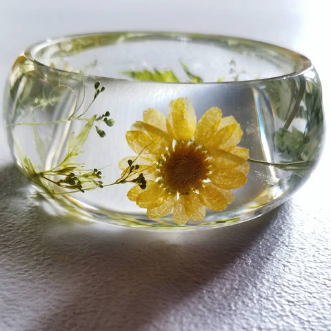 Flower Resin Bracelet, Style #10: Yellow Daisies