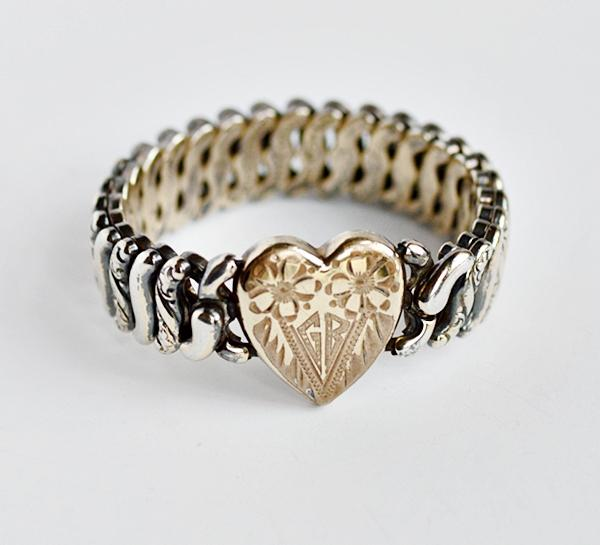 1940s Vintage Pitman & Keeler Two Tone Sweetheart Expansion Bracelet