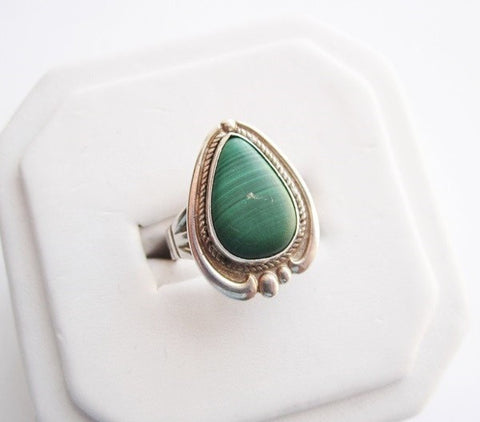 Sterling Silver Signed Bell Trading Post Vintage Navajo Malachite Ring