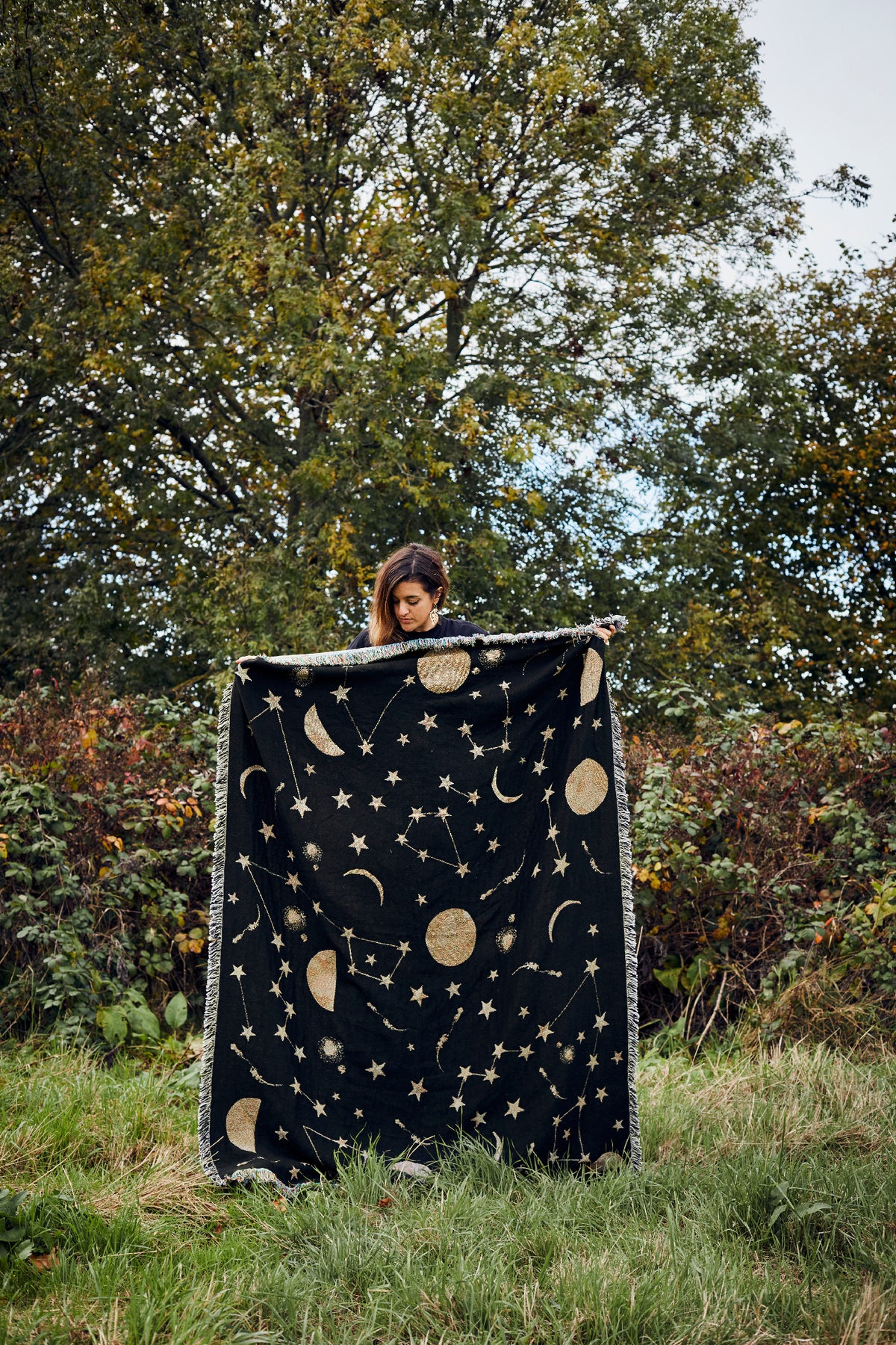 Constellations woven throw/blanket