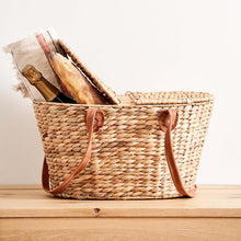 Parcelle Picnic Basket - Corporate and Settlement Gifting, Robert Gordon Picnic Basket, Christmas Hamper, Christmas Gifts
