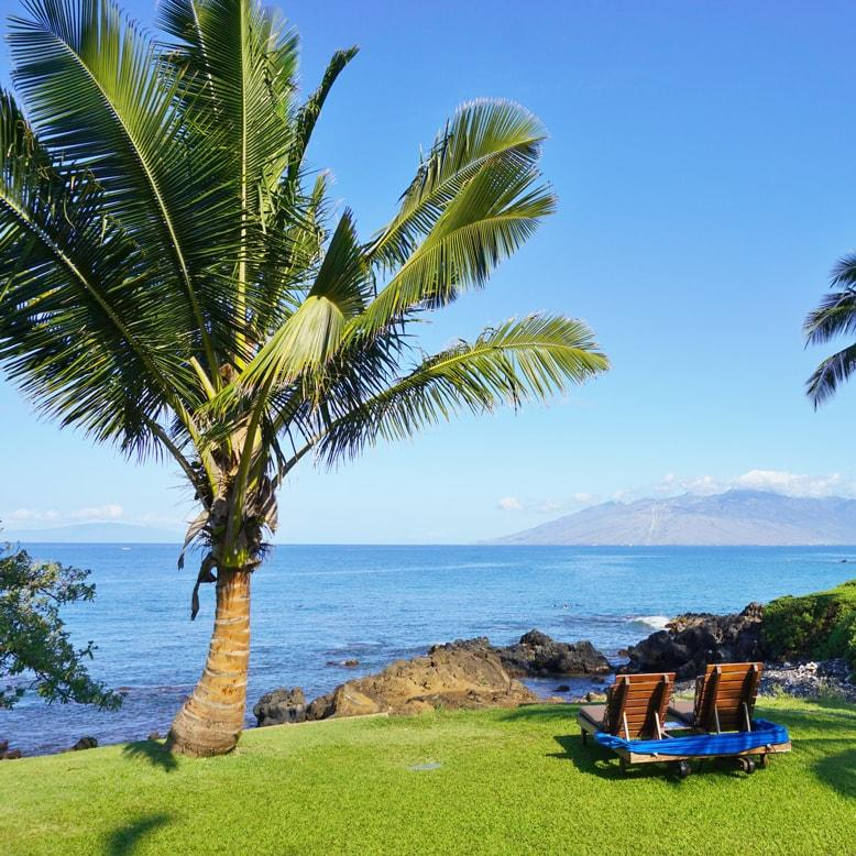 Call Royal Taxi (808) 874-6900 for your best shuttle taxi on Maui