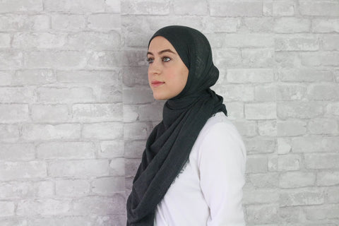 products/charcoal-crinkled-hijab-hijabs-afflatus_693.jpg