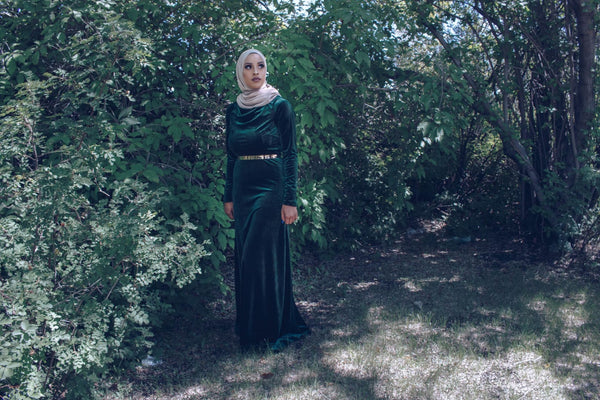 Manal Assiff - Dress - Afflatus Hijab - Dress Fashion Green Hijab Fashion Islam