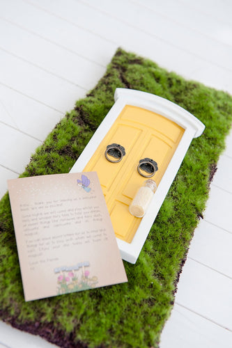 Yellow fairy door - Little ones kingdom