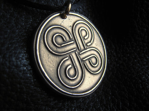 Pendant Necklace in Solid Golden Bronze with Celtic Knot - EXAMPLE