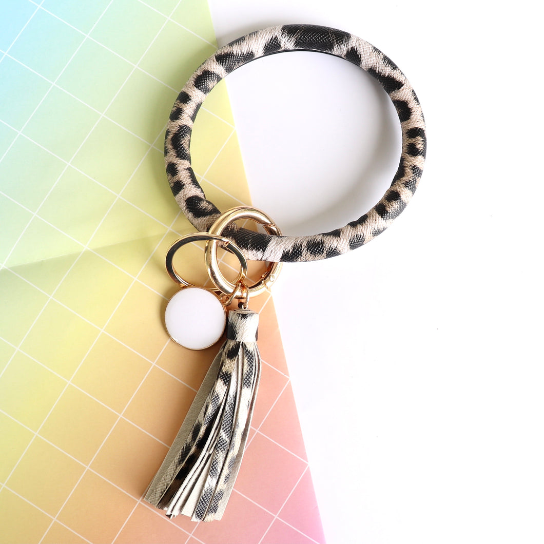 Leatherette hoop wrist key ring - leopard