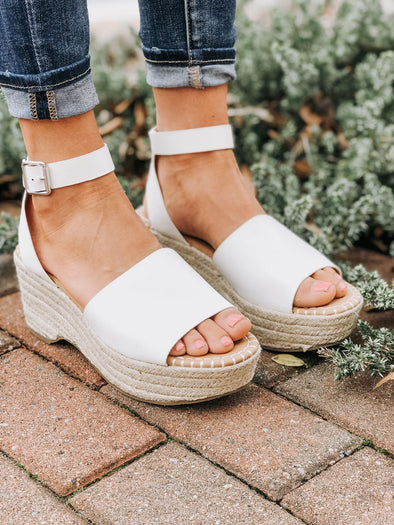 Bahama White Wedge