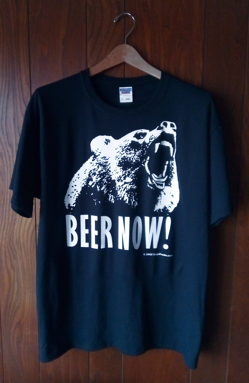 BEER NOW! BEAR ON BLACK T-SHIRT