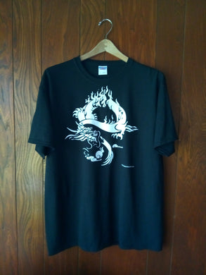 WHITE DRAGON ON BLACK T-SHIRT