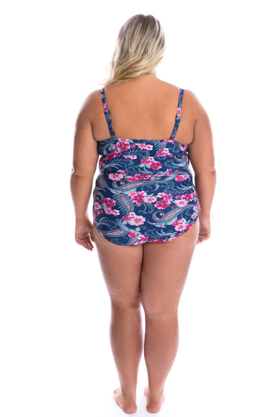 best bathing suits for curvy bodies