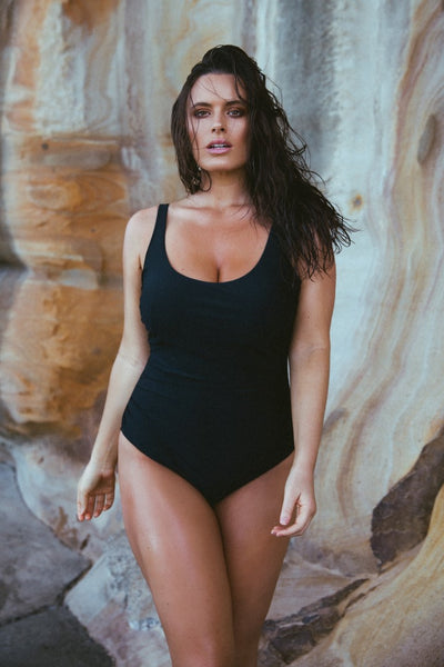 Plus Size Black Scooped One Piece Swimwear