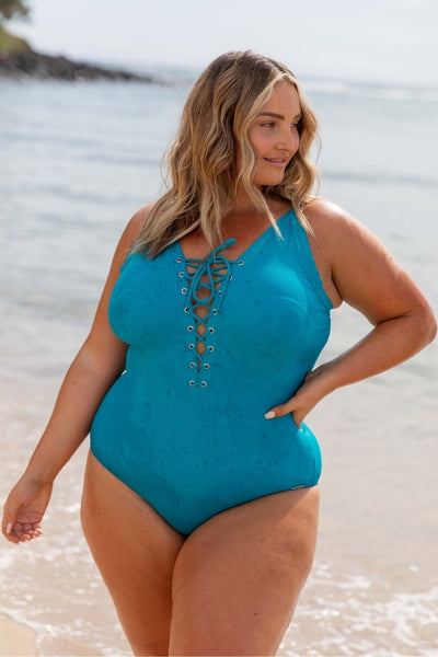 flattering plus size swimwear