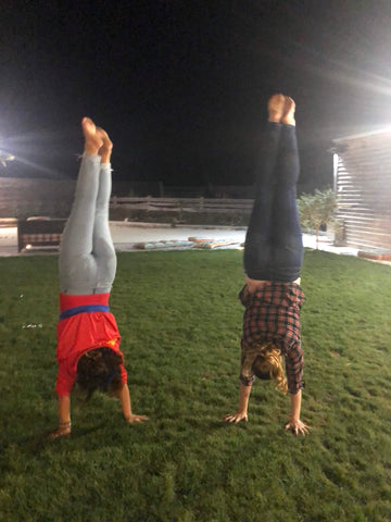 Handstands with Elodie Blazin