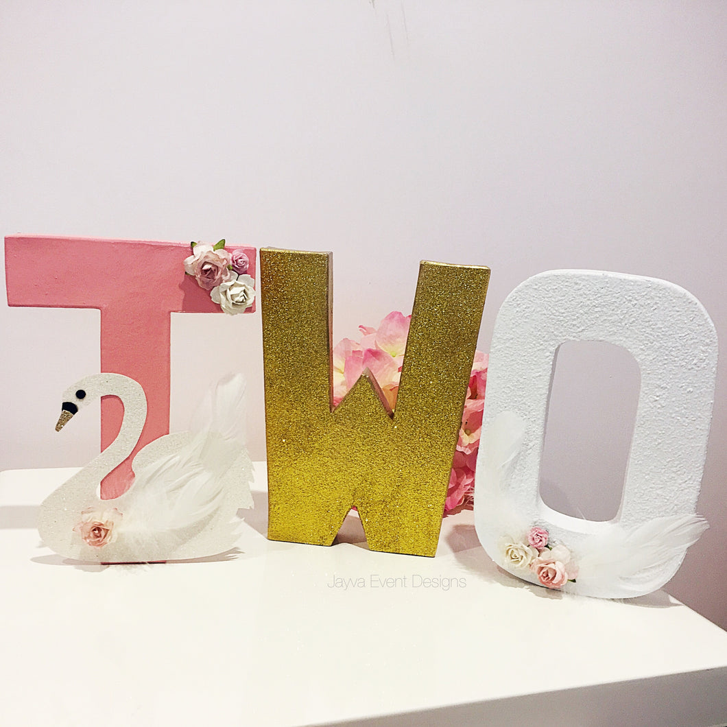 Graceful Swan Theme Decorated Age Words