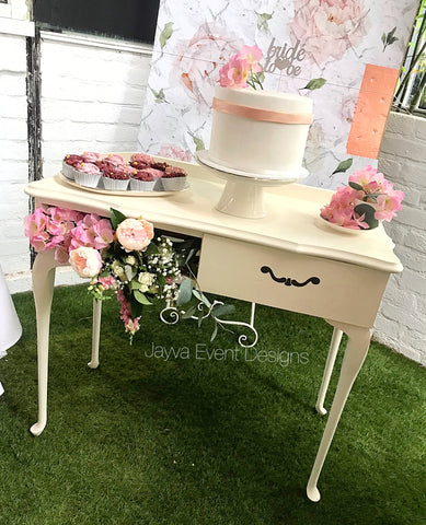Vintage Decor Table - Hire